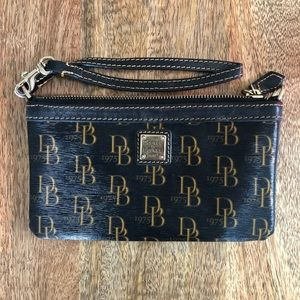 Dooney & Bourke black monogram wristlet